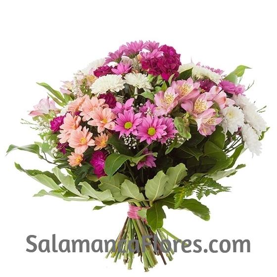 Ramo flores de color Morado